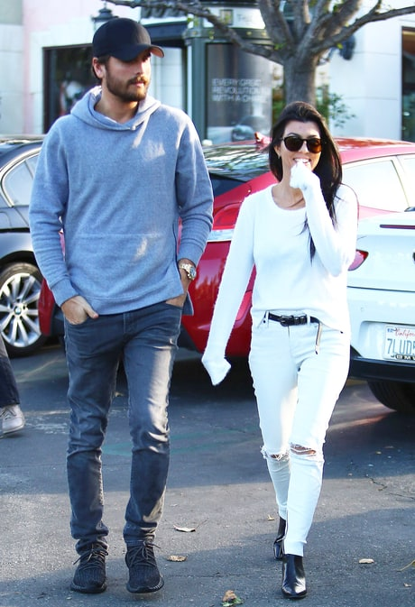 Scott Disick and Kourtney Kardashian photographed when they first reunited after completing his rehab stint.