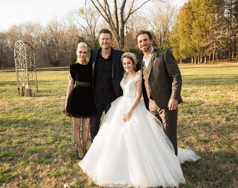 Gwen Stefani and Blake Shelton attend RaeLynn's wedding to Josh Davis.