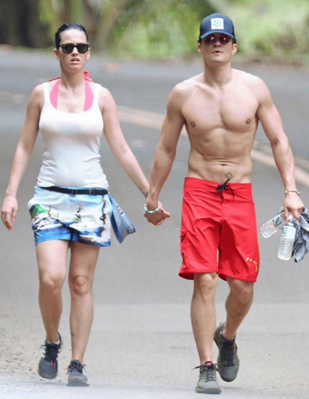 Katy Perry and Orland Bloom seen holding hands as they vacationed in Hawaii.