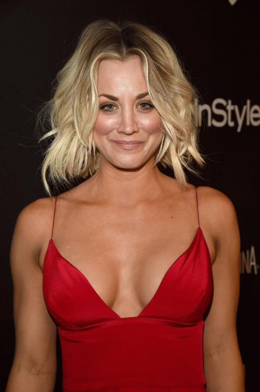 Kaley Cuoco at the Instyle and Warner Bros. 2016 Golden Globe Awards Post-party.