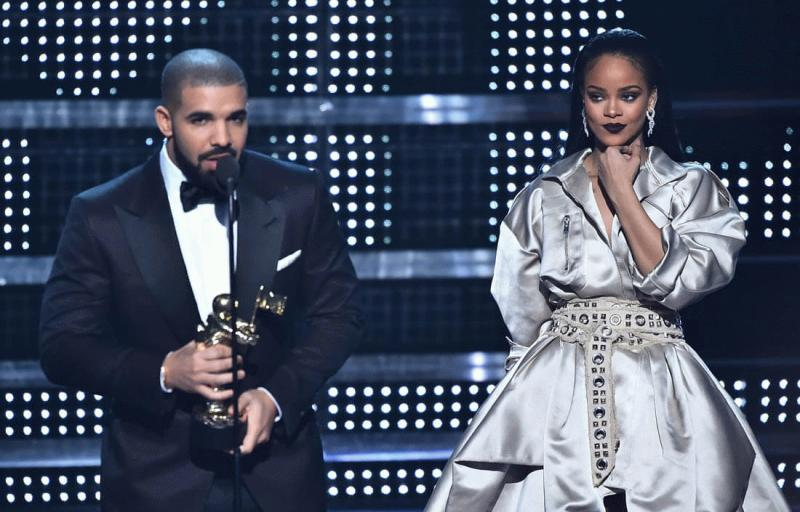 Drake and Rihanna at this year's MTV VMAs.