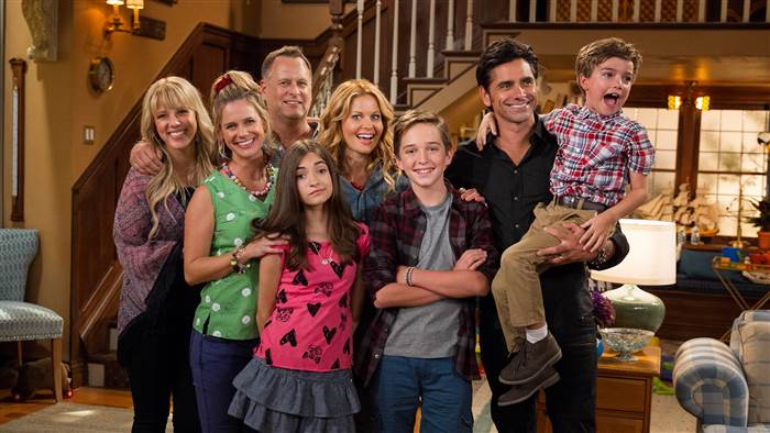 """An undated photo showing the stars of """"Fuller House."""""""