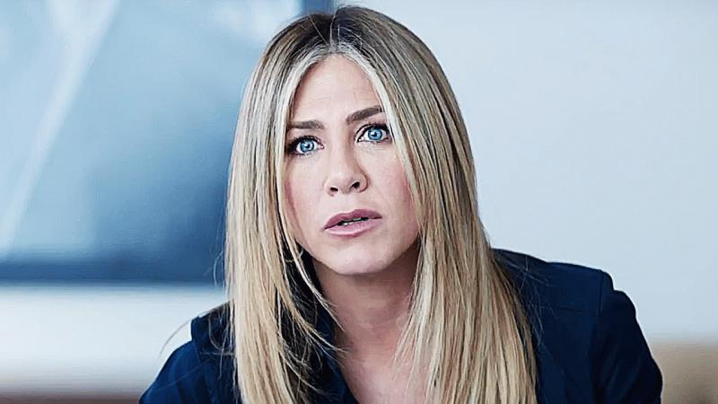 """Jennifer Aniston in one of the scenes of """"Office Christmas Party."""""""